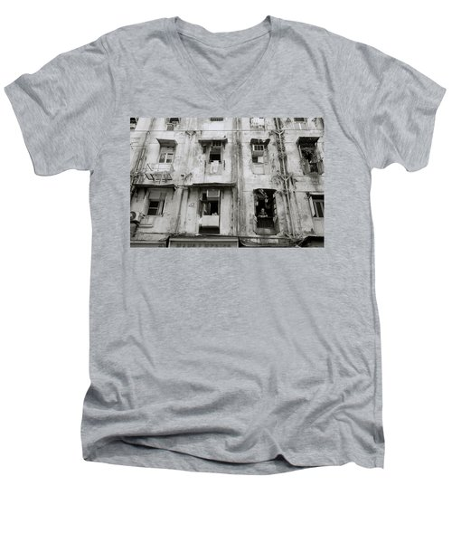 Urban Bombay Men's V-Neck T-Shirt
