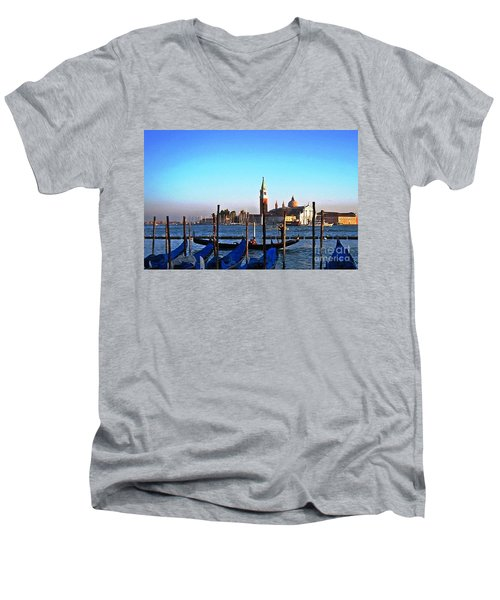 Venezia City Of Islands Men's V-Neck T-Shirt