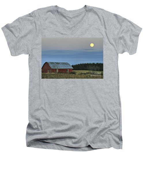 Vermont Full Moon Men's V-Neck T-Shirt