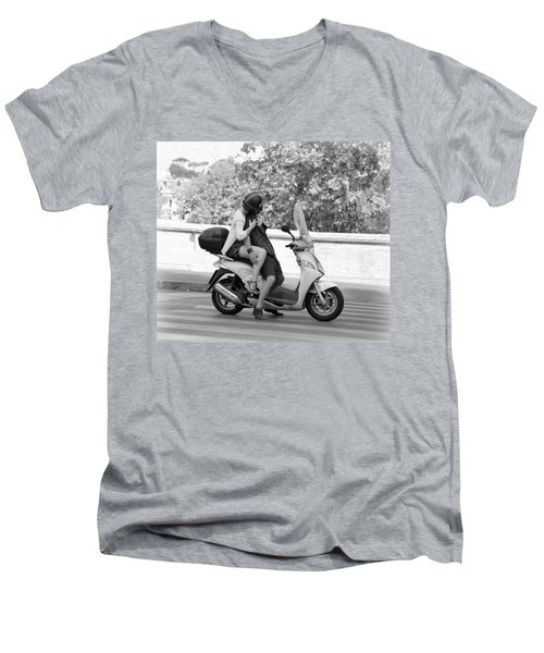 Vespa Romance Men's V-Neck T-Shirt