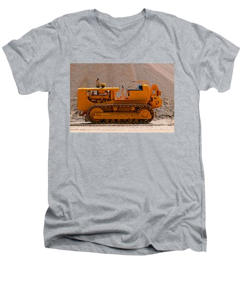 Vintage Bulldozer Men's V-Neck T-Shirt