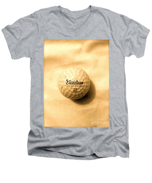 Vintage Golf Ball Men's V-Neck T-Shirt