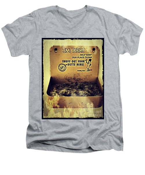 Vintage Mr. Butt Snuffer Ashtray Men's V-Neck T-Shirt