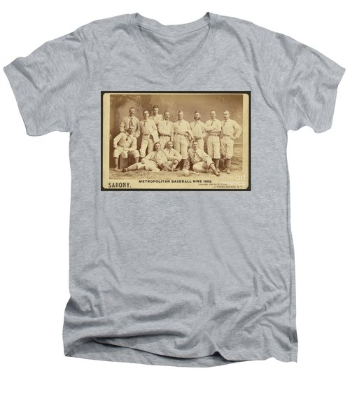 Vintage Photo Of Metropolitan Baseball Nine Team In 1882 Men's V-Neck T-Shirt