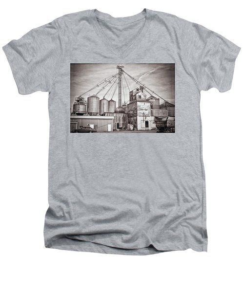 Voyces Mill Men's V-Neck T-Shirt