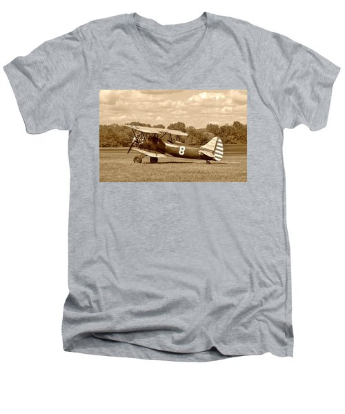 Men's V-Neck T-Shirt featuring the photograph Waco Upf-7 by Jean Goodwin Brooks