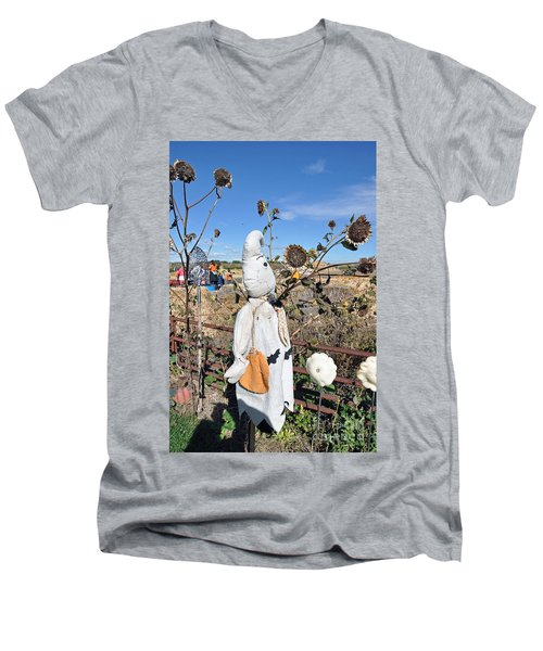 Men's V-Neck T-Shirt featuring the photograph Waiting For Darkness by Minnie Lippiatt