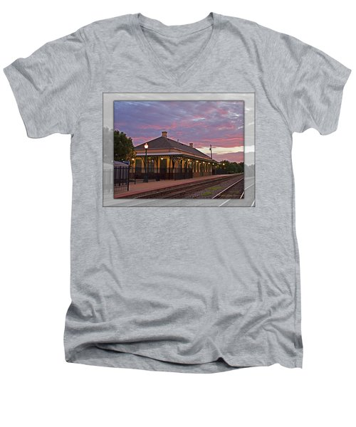 Waiting On The Train Men's V-Neck T-Shirt