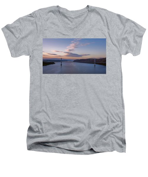 Walkway Over The Hudson Dawn Men's V-Neck T-Shirt