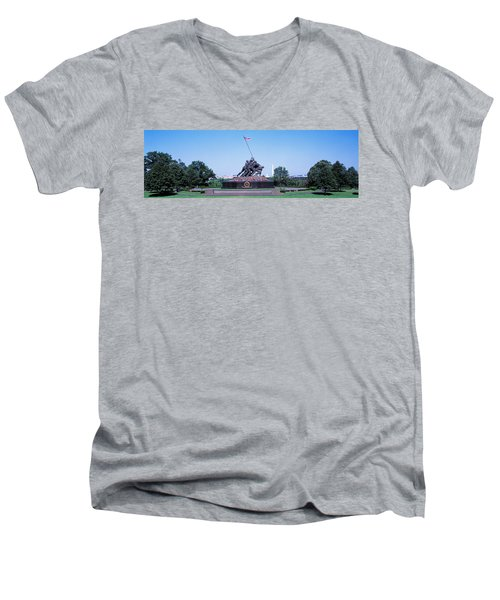 War Memorial With Washington Monument Men's V-Neck T-Shirt by Panoramic Images