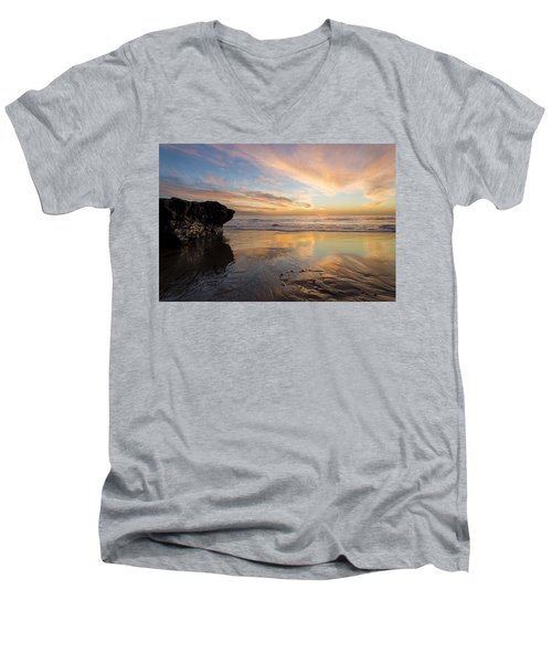 Warm Glow Of Memory Men's V-Neck T-Shirt