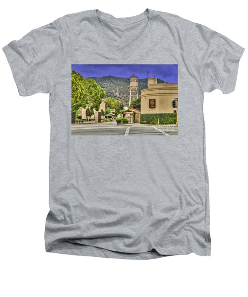 Warner Bros.  Burbank Ca  Men's V-Neck T-Shirt