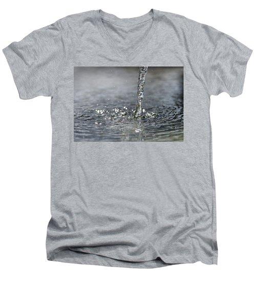 Water Beam Splashing Men's V-Neck T-Shirt