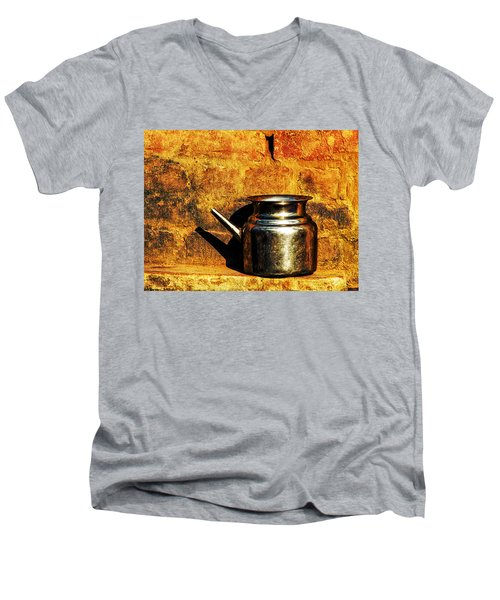 Water Vessel Men's V-Neck T-Shirt
