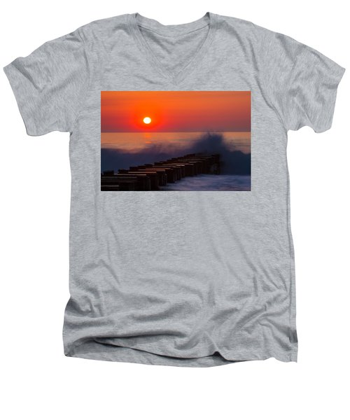 Breaking Wave At Sunrise Men's V-Neck T-Shirt