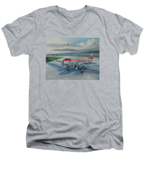 Western Airlines Dc-3 Men's V-Neck T-Shirt