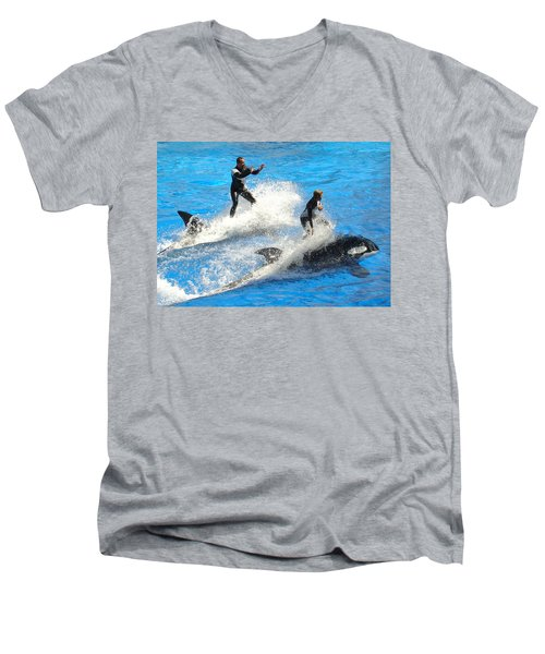 Whale Racing Men's V-Neck T-Shirt