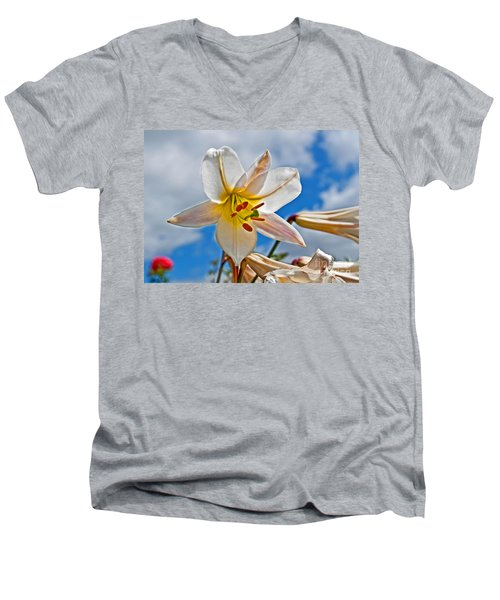 White Lily Flower Against Blue Sky Art Prints Men's V-Neck T-Shirt