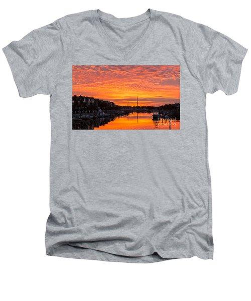 Wild Dunes Sunset Isle Of Palms Men's V-Neck T-Shirt