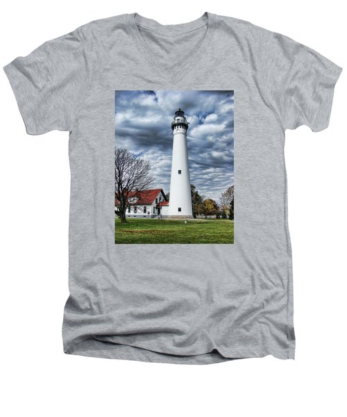Wind Point Lighthouse Men's V-Neck T-Shirt