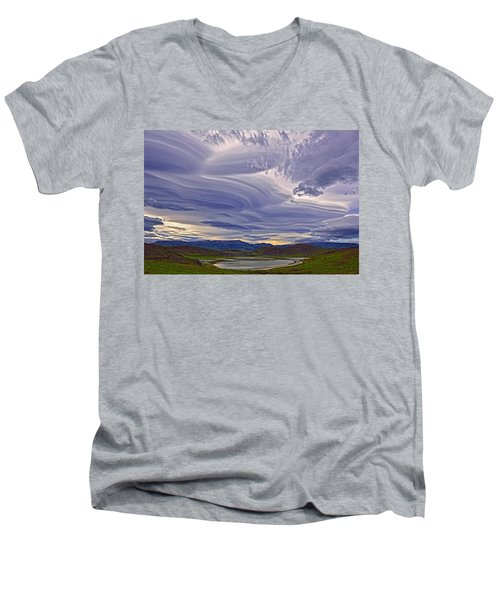 Wind Sculpture Men's V-Neck T-Shirt