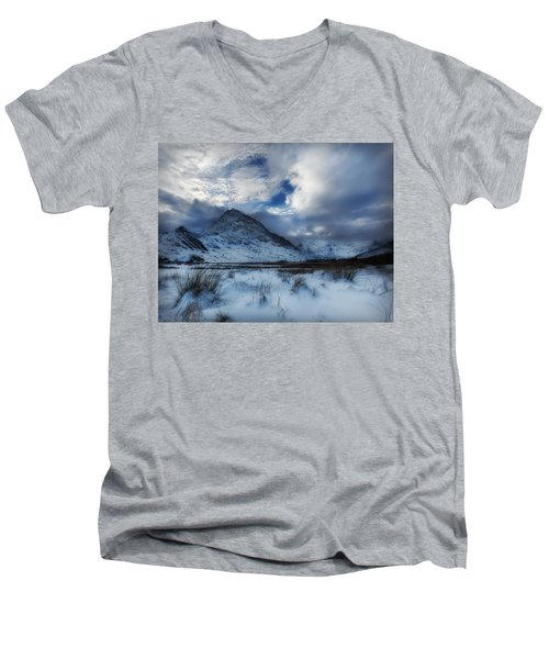 Winter At Tryfan Men's V-Neck T-Shirt