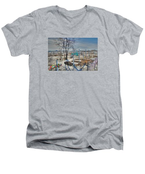 Wintery Grave Men's V-Neck T-Shirt