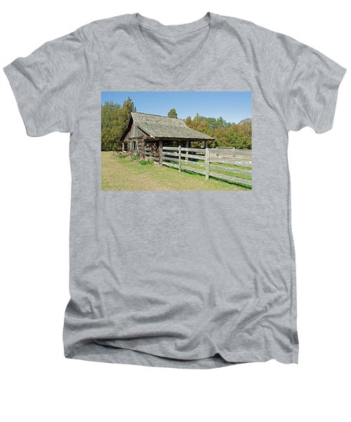 Men's V-Neck T-Shirt featuring the photograph Wooden Barn by Charles Beeler