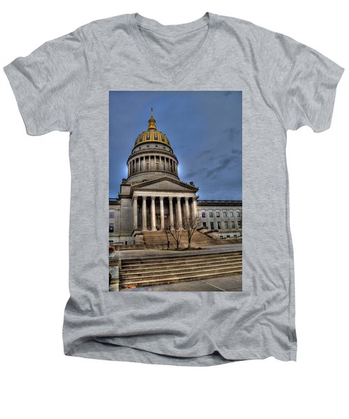 Wv Capital Building 2 Men's V-Neck T-Shirt