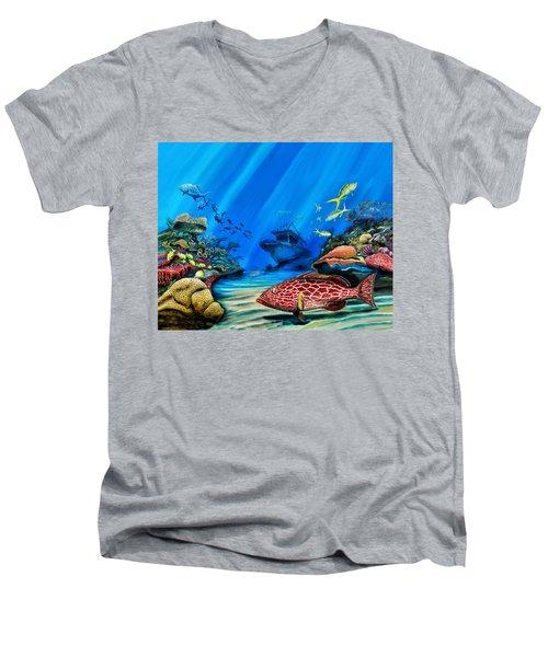 Yellowfin Grouper Wreck Men's V-Neck T-Shirt
