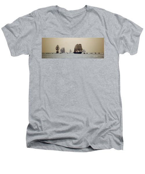 Colossal Vessels Men's V-Neck T-Shirt