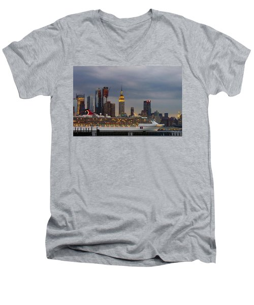 Cruisin By The City Men's V-Neck T-Shirt