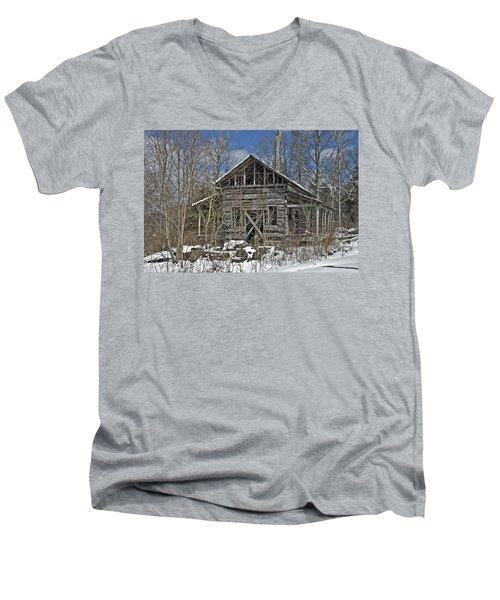 Abandoned House In Snow Men's V-Neck T-Shirt