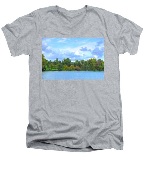 Men's V-Neck T-Shirt featuring the photograph Autumn's Beauty At Hoyt Lake by Michael Frank Jr