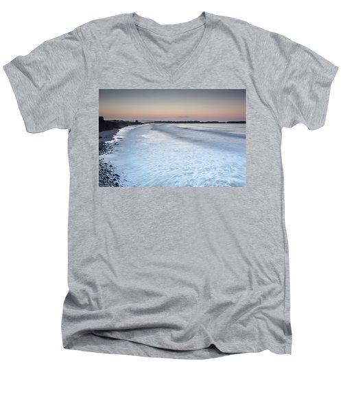 Baleal I Men's V-Neck T-Shirt