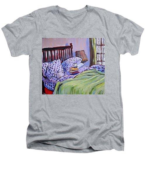 Bed And Books Men's V-Neck T-Shirt