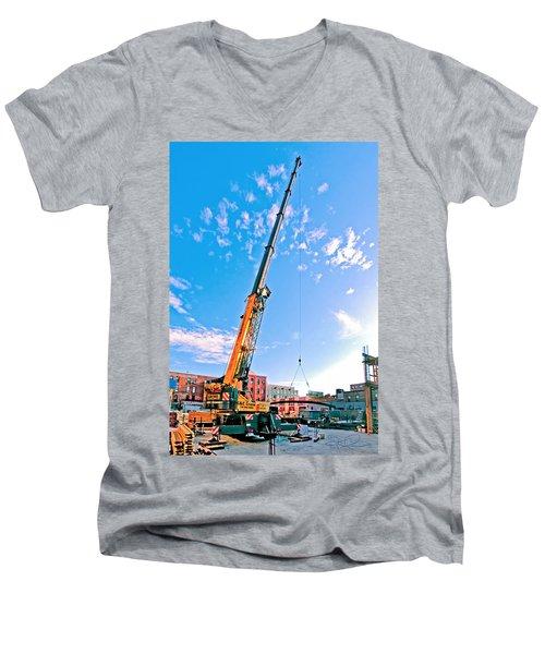 Bedford 7 Men's V-Neck T-Shirt