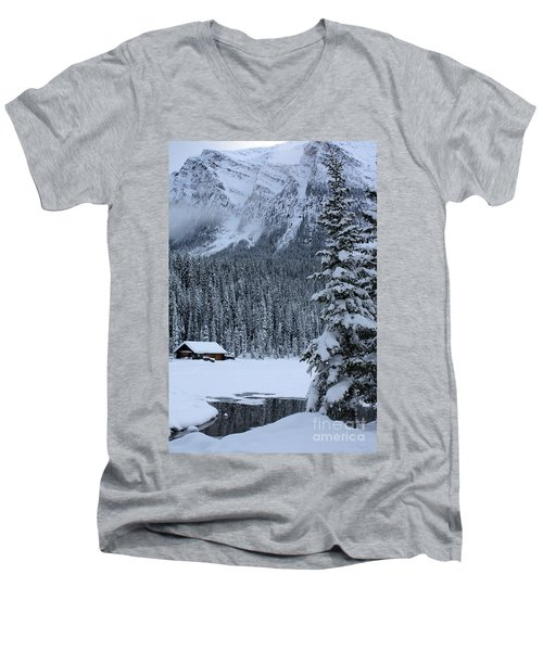 Cabin In The Snow Men's V-Neck T-Shirt