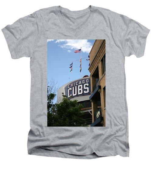 Chicago Cubs Men's V-Neck T-Shirt