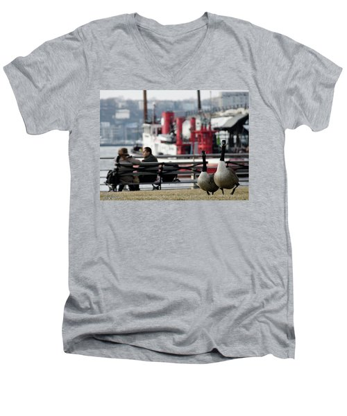 City Geese Men's V-Neck T-Shirt