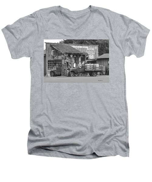 Corner Gas Station Men's V-Neck T-Shirt