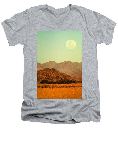 Desert Moonrise Men's V-Neck T-Shirt