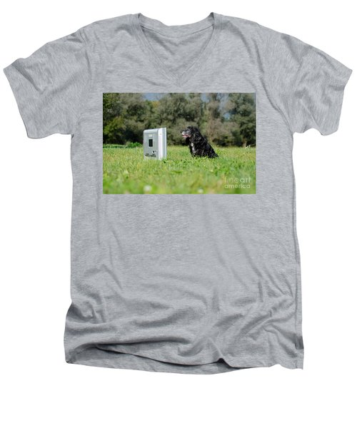Dog Watching Tv Men's V-Neck T-Shirt