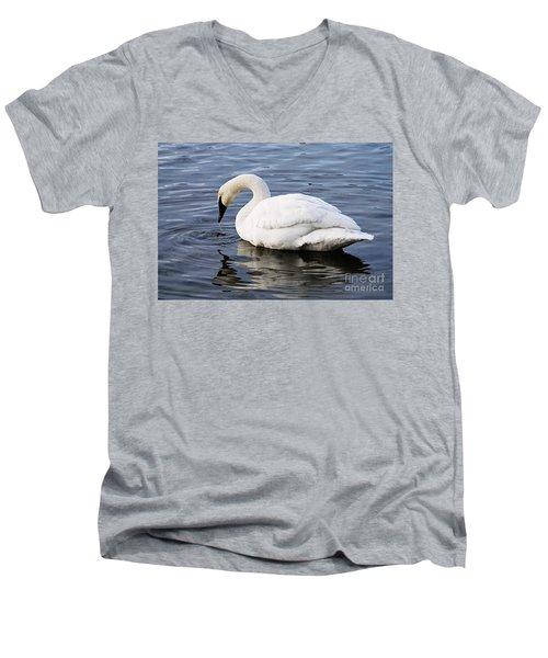 Dribbling Swan Men's V-Neck T-Shirt