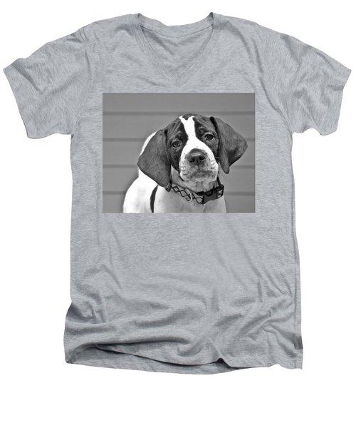 English Pointer Puppy Black And White Men's V-Neck T-Shirt