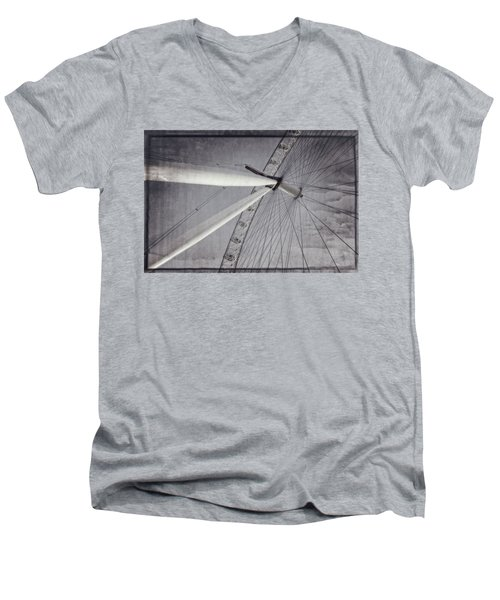 Eye On London Men's V-Neck T-Shirt