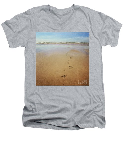 Footprints In The Sand Men's V-Neck T-Shirt by Lyn Randle