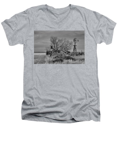 High Plains Wind Men's V-Neck T-Shirt