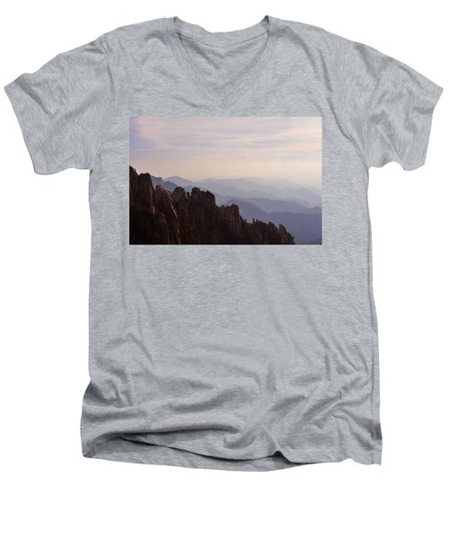 Huangshan Sunset Men's V-Neck T-Shirt