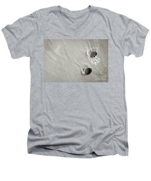 Inorganic Life Men's V-Neck T-Shirt